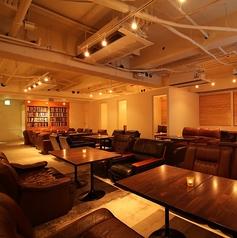 カフェラウンジ サンズ Cafe Lounge SUNS 新宿東口店